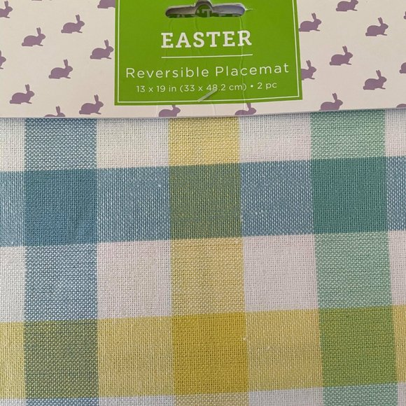 NWT- Set of 6 Fabric Placemats